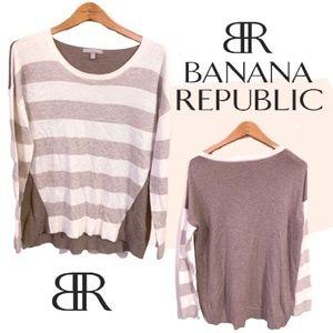 BUNDLES ARE 50% OFF!- Banana Republic Long Sleeve